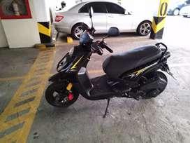 Vendo moto tongko scooter modelo 2015 papeles al día