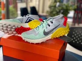 Vendo zapatos Nike wildhorse 6,NUEVOS, ORIGINALES.Talla 8.5
