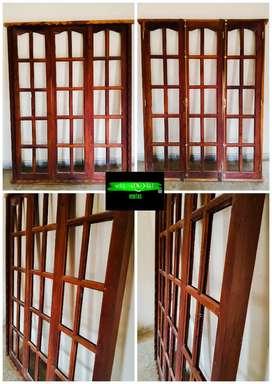 Vendo Puerta- ventana de Algarrobo nueva!!