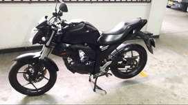 Excelente moto gixxer