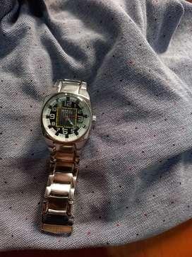 Vendo reloj  original  Breil tribe