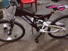 Bicicle aro 26 con suspensiones delantera y posterior