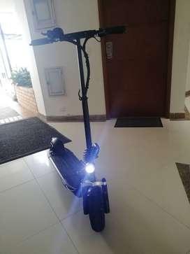 Patineta eléctrica scooter