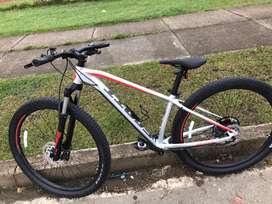 Bicicleta Scott aspect 930