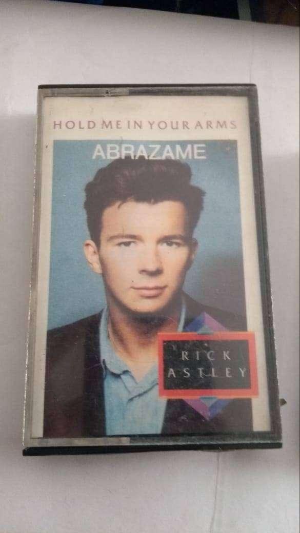 Cassette de Rick Astley Hold me in your arms (Abrazame) de 1988