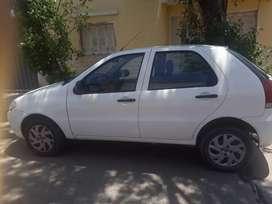 Vendo auto fiat palio blanco con 42000km solo rio cuarto y zona