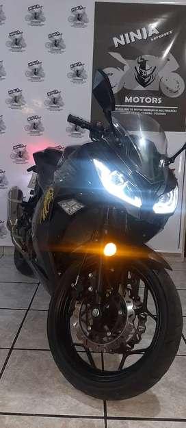 Factory 370cc Bicilindrica 2021 con 10500 km!