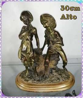 Figura en antimonio antiguo italiano