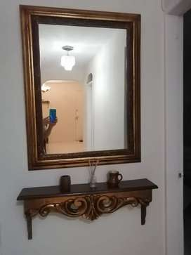 Vendo Espejo y Repisa