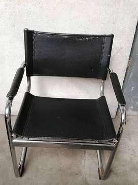 Set X 4 Sillas con Estructura De Caño Y Eco Cuero A Restaurar apoyabrazos respaldos y asientos USADO