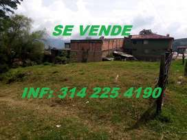 Vendo Lote Económico Esquinero, Urbano en el Centro de Almeida (Boyacá)