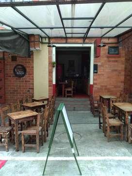 Pizzeria Restorante Bar en el Bulevar de Caldas