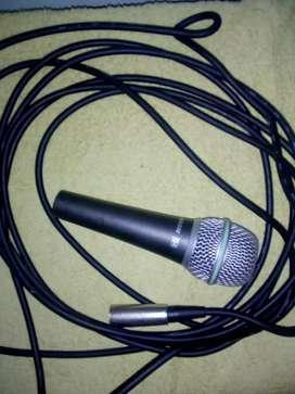 Micrófono Samson Q4