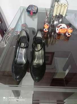 Zapatos elegantes, muy cómodos