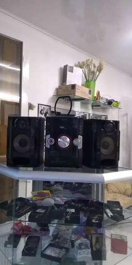 Oferta equipo de sonido en buen estado