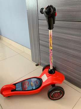 Patineta cars Scooters cars con luces y sonidos 130.000