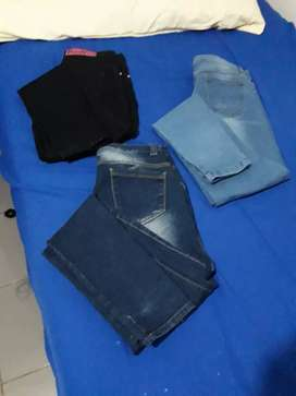 Jeans talle 40 y calzas deportivas