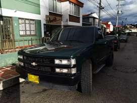 Camioneta Cheyenne motor diesel