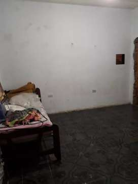 Vendo casa familiar