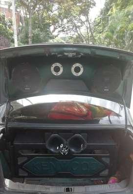 Vendo sonido para carro excelente estado unido dueo
