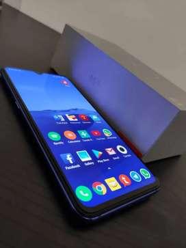 Liquido Xiaomi Mi9, el mejor smartphone del 2019.