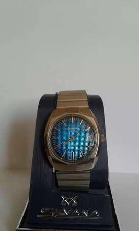 Reloj silvana nuevo