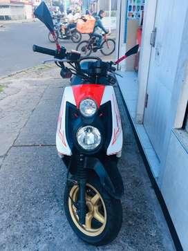 Vendo moto bws x 2015 buen estado