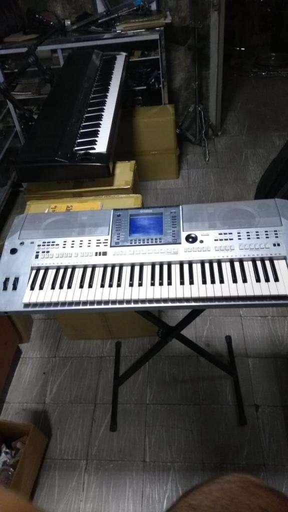 Teclado Yamaha Psr - s700 0