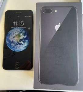 Se vende IPhone 8Plus Black 64GB , como nuevo, sin golpes ni rayones, caja y cargador original.  Único dueño.