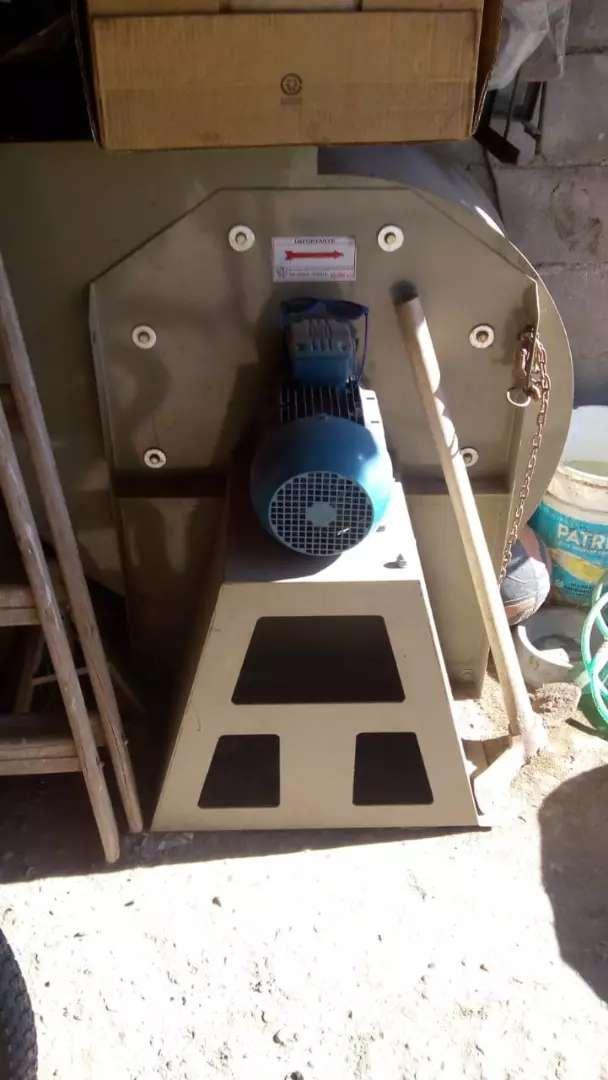 Extractor centrífugo completo 0