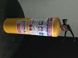 Se vende extintor multiusos 10Lb.