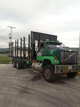 Camión doble troque Brigadier Modelo 82 De Caicedonia Valle con Cupo en Cartón Colombia listo para trabajar 92 millones