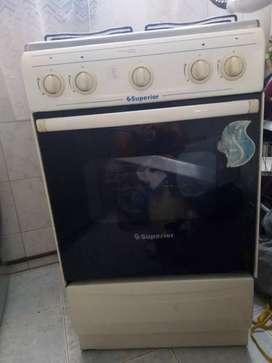 Estufa marca superior con horno
