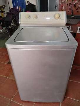 Vendo lavadora mabe de 24lb