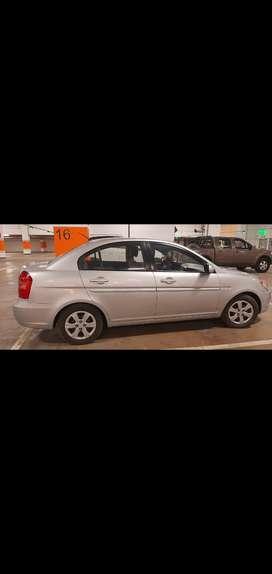 Auto Hyundai accen