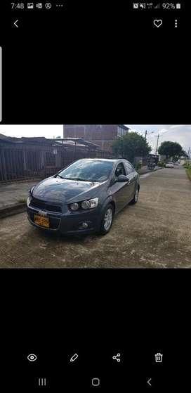Vendo Chevrolet Sonic 2013