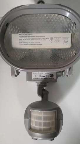 Reflector con sensor de movimiento