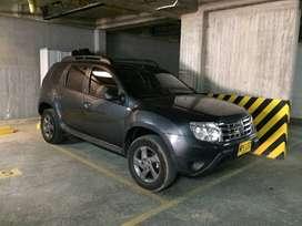 Renault Duster Expression 2013 con tiro de arrastre en muy buen estado