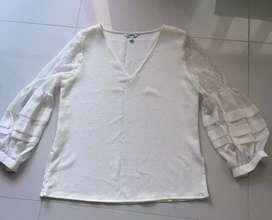 Blusa seda y blonda