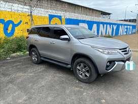 Toyota fortuner 2018  full como nuevo, 100% cuidado