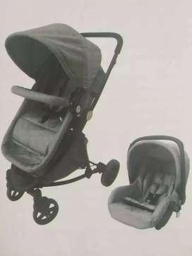 Se vende coche marca priori con silla para carro