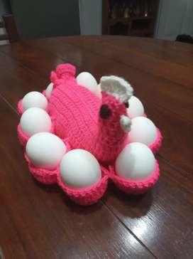 Huevera tejida al crochet