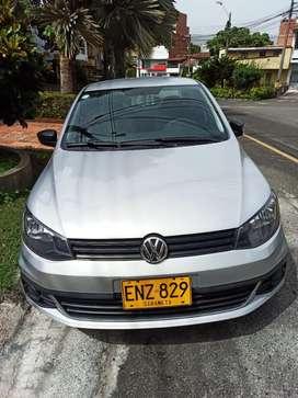 Automóvil Volkswagen voyage ven/cambio