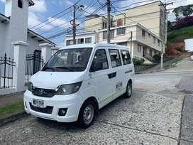 Minivan Chery para 7 pasajeros