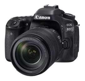 Cámara canon eos 80D kit 18-55 mm