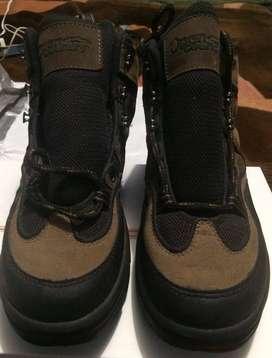 Zapatos para Trekking marca Open Country Talla 8 1/2