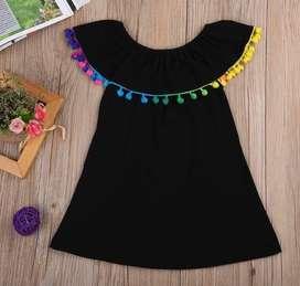Vestido Negro Pompones