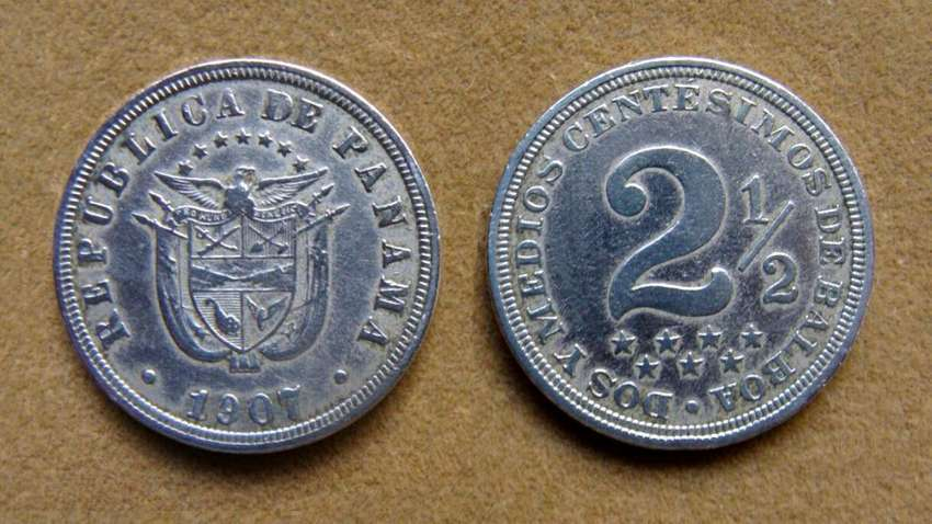 Moneda de 2 1/2 centésimos de balboa Panamá año 1907 0