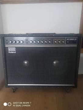 Amplificador para guitarra Roland Jazz Chorus-120