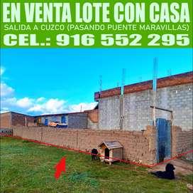 LOTE CON UNA CASA (Tres Habitaciones)